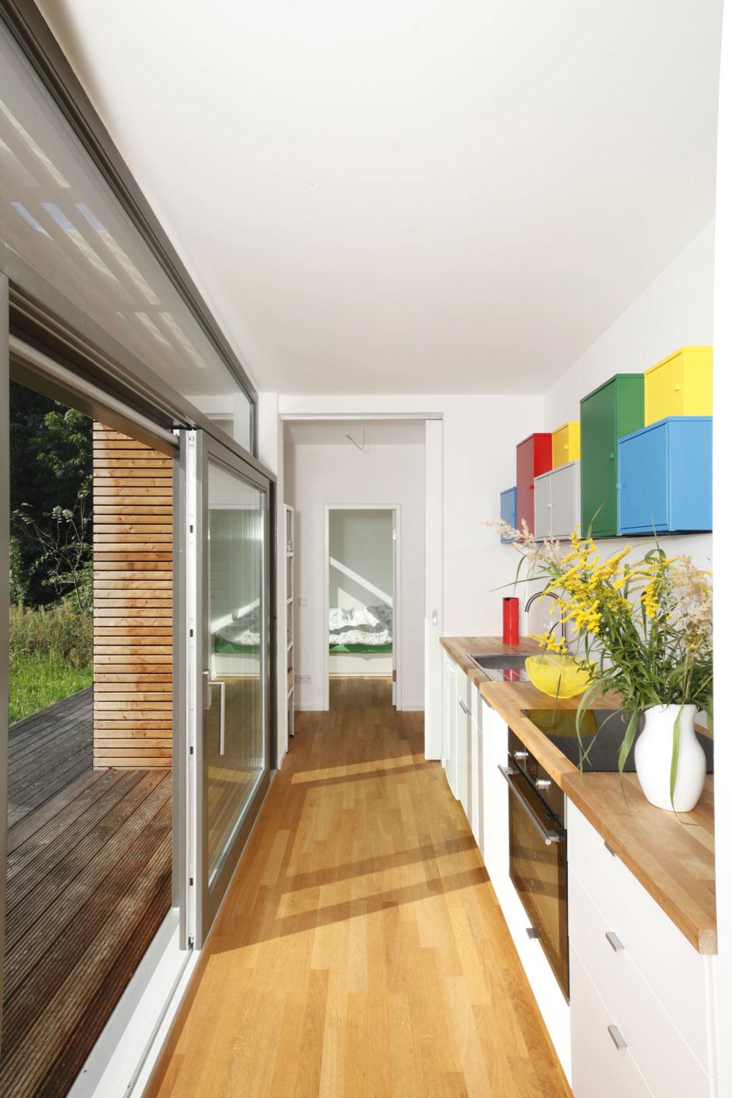 Terrasse und Innenräume bilden einen Wohnraum